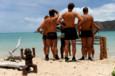 Les Aventuriers découvrent l'épreuve qui les attend : l'équilibre sur l'eau - Koh-Lanta, le Choc des Héros