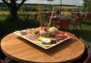 La nouvelle recette dévoilée par le journal de 13 heures: la salade gourmande de l'Auberge de Crissay-sur-Manse.