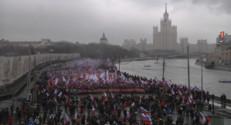 """Le 20 heures du 1 mars 2015 : Manifestation à Moscou : """"Les héros ne meurent jamais"""" - 106.892"""