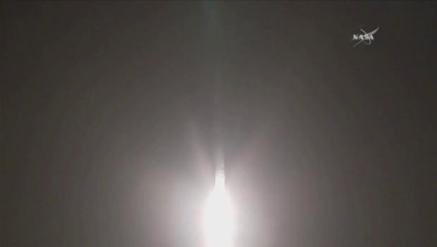 SpaceX lance son vaisseau Dragon vers l'ISS : décollage réussi cette nuit