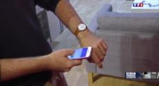 Le 13 heures du 18 juillet 2015 : Comment le téléphone portable a -t-il évolué ? - 1328