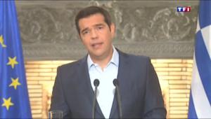 Le 13 heures du 21 août 2015 : Coup de poker de Tsipras, une démission pour raffermir sa base - 600