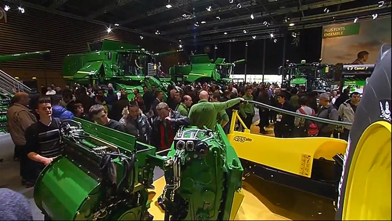 Le sima autre salon agricole de france le journal du week end mytf1news - Salon du materiel agricole ...