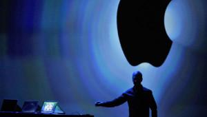 Tim Cook avant l'ouverture de la conférence mondiale des développeurs d'Apple en 2013