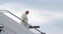 Le pape François à son arrivée en Albanie le 21 septembre 2014