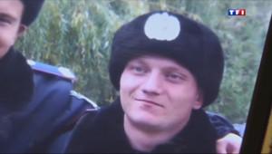 Le 13 heures du 25 mars 2014 : Les militaires ukrainiens ont quitt�es casernes en Crim�- 1200.4582932739256