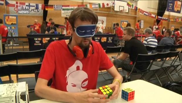 Les meilleurs joueurs de Rubik's Cube s'affrontent aux Championnats d'Europe