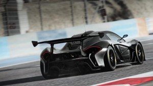 La McLaren P1 GTR en tests sur le circuit d
