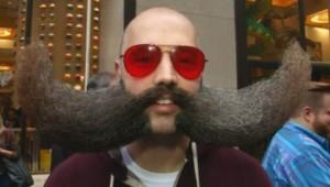 Un championnat national de barbes et moustaches à New York.