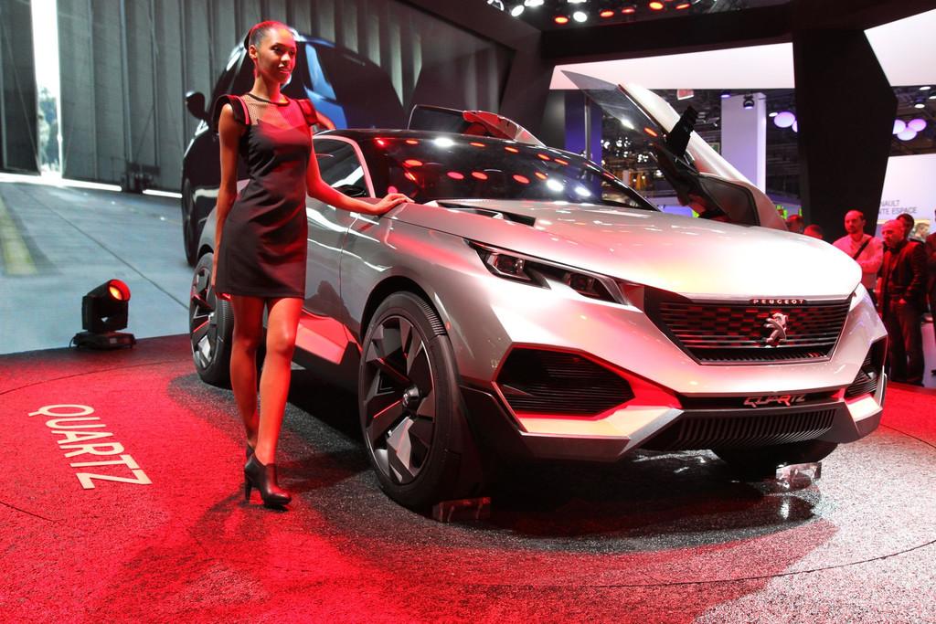 mondial de l 39 automobile 2014 peugeot quartz concept avant go t du futur 3008 salons automoto. Black Bedroom Furniture Sets. Home Design Ideas