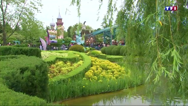 Un million de fleurs peuplent Disneyland