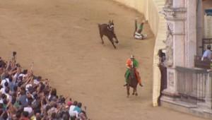 Le Palio de Sienne, la course équestre la plus folle du monde.