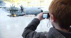 Le 13 heures du 24 janvier 2015 : Des élèves du Loiret découvrent la mission des militaires au Mali - 928.5256881103516