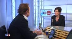 """""""Arnaud Montebourg n'est plus dans la politique, mais a le droit de s'y intéresser"""" déclare la porte-parole du PS"""