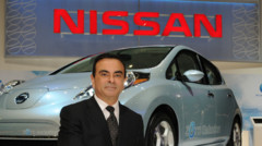 Carlos Ghosn Nissan Leaf