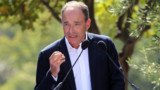 """Copé candidat à la présidence de l'UMP pour une """"vague bleue"""""""