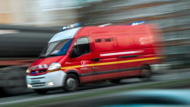 0108-camion-pompiers incendie explosion