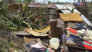 Le 20 heures du 15 mars 2015 : Vanuatu : - 771.638