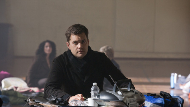 Fringe-ep412_sc40_052r_41c46da8