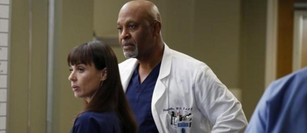 Constance Zimmer et James Pickens Jr. dans la saison 9 de Grey&#039;s Anatomy.