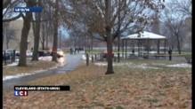 Enfant tué à Cleveland : les deux policiers suspendus