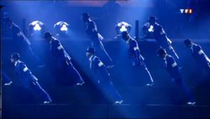 Le 20 heures du 3 avril 2013 : Le cirque d'un autre soleil : Michael Jackson - 2104.6391152343754