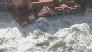 Des vagues impressionnantes balaient la côte californienne