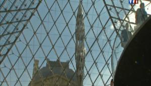 Le Louvre donne carte blanche à Wim Delvoye