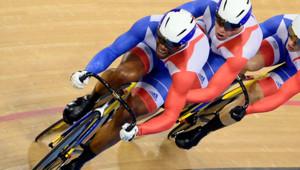L'équipe de France de cyclisme de vitesse, Grégory Baugé, Michael D'almeida et Kévin Sireau, le 2 août 2012 aux JO de Londres.