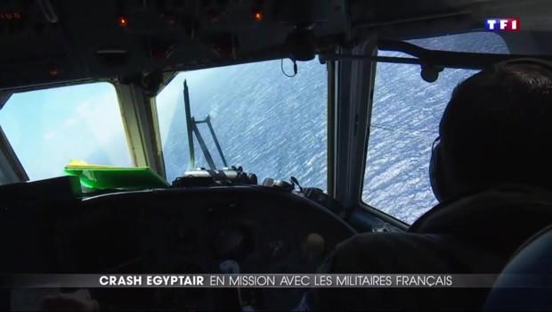 À la recherche des débris de l'avion EgyptAir dans un avion de la marine française
