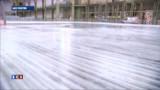 Au Grand Palais, une patinoire géante pour Noël ! - vidéo