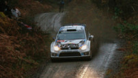 Sébastien Ogier (Volkswagen Polo R) au Rallye WRC de Grande Bretagne le 13 novembre 2014