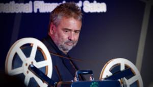 Le cinéaste français Luc Besson lors du Festival International du Film de Pékin le 22 avril 2013