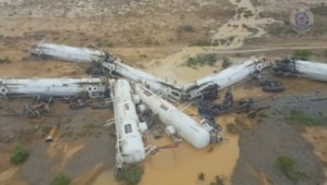 Australie : un train deraille (28/12)