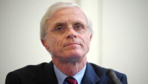 Bernard Boucault est préfet de police de Paris. Il a été nommé par le gouvernement de Jean-Marc Ayrault, le 30 mai 2012.