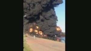 La rupture d'un pipeline sous-marin a causé un gigantesque incendie à Moscou.