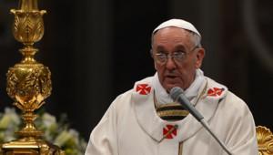 """Au cours de son homélie commentant la Résurrection du Christ, le pape a demandé aux fidèles d'""""accepter que Jésus ressuscité entre dans (leur) vie""""."""