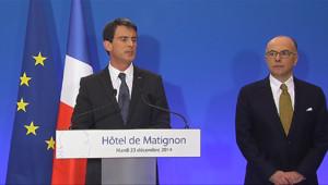 Le 20 heures du 23 décembre 2014 : Valls annonce le renforcement des patrouilles pendant les fêtes - 352.92916717529295