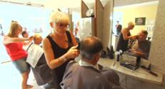 Le 13 heures du 18 septembre 2014 : Elles ont repris leur salon de coiffure - 1791.666