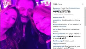 Laura Smet, Johnny Hallyday et Nathalie Baye posent ensemble à l'occasion de l'anniversaire de Laeticia Hallyday.
