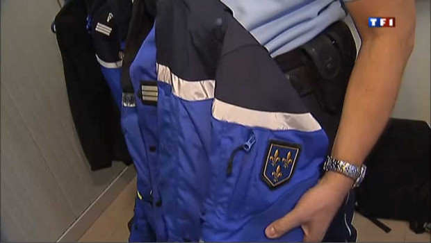 Un nouvel uniforme pour les motards de la gendarmerie