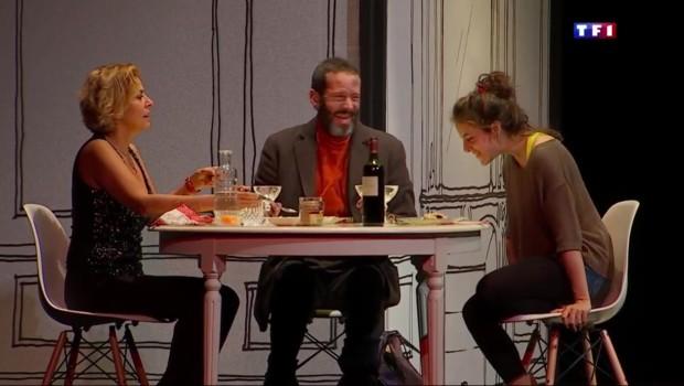 """Corinne Touzet, """"un nouveau départ"""" au théâtre, du choc social aux éclats de rire"""