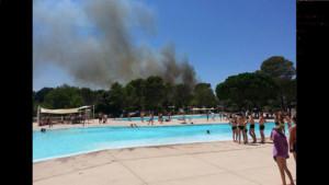 Photo de l'incendie prise depuis un camping de Fréjus