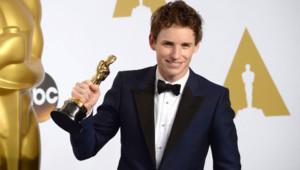 Eddie Redmayne et son Oscar du meilleur acteur
