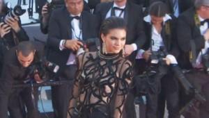 Un rien ne les habille : ces femmes qui ont choisi la transparence à Cannes