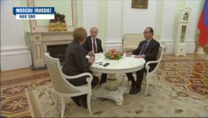 Le 20 heures du 7 février 2015 : Ukraine : Hollande et Merkel peinent à imposer la paix par la voie diplomatique - 527.376