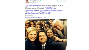 La famille Clinton s'est prise au jeu du selfie à la manière d'Ellen DeGeneres avec l'animateur Jimmy Kimmel.
