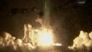 Lancement nocturne réussi pour Discovery le 10 décembre 2006