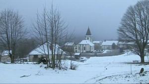 Le 13 heures du 27 janvier 2015 : Les passionnés des Vosges (2/5) : Le Haut du Tôt, dans les cimes vosgiennes - 2422.6189999999997