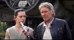 Daisy Ridley et Harrison Ford dans de Star Wars - Le Réveil de la Force.